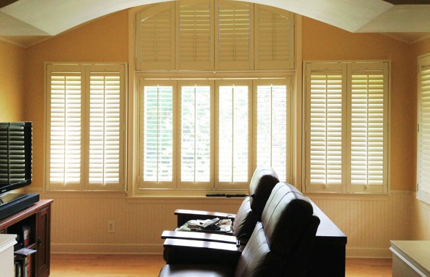 Colorado Springs plantation shutters in entertainment room