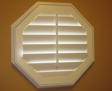 Denver octagon window shutter